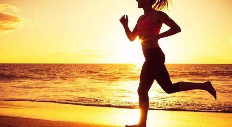 7 εύκολες Ασκήσεις για την παραλία